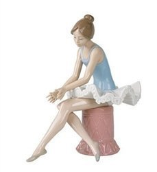 Lladro Gifts - Nao by Lladro Collectible Porcelain Figurine: SITTING BALLET DANCER - 8 3/4