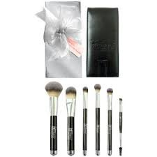 It Cosmetics Heavenly Luxe 6-pc Brush Collection with Travel Case , 1 set by It Cosmetics (Image #1)