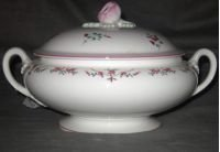 Royal Worcester Petite Fleur Covered Vegetable Bowl