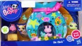 Littlest Pet Shop Sea Shack Includes 2 Pets, Playhouse and Accessories