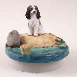 Conversation Concepts Miniature Cavalier King Charles Spaniel Black & WhiteCandle Topper Tiny One ''A Day on the Beach''