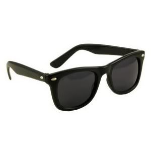 (Toy / Game Vintage Black Wayfarer Fit Style Sunglasses - Great For Costumes Or Parties! - Perfect For)