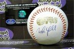 Autograph Warehouse 302518 Manny Sanguillen Autographed Baseball - OMLB Pittsburgh Pirates World Series ()
