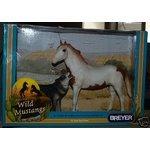 (Breyer America's Wild Mustangs, Sacred Medicine Hat Stallion and Grey Wolf)