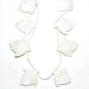 Steven_store MP1866 Natural White 34mm Carved Leaf Mother of Pearl Shell Beads 12pc Making Beading Beaded Necklaces Yoga Bracelets