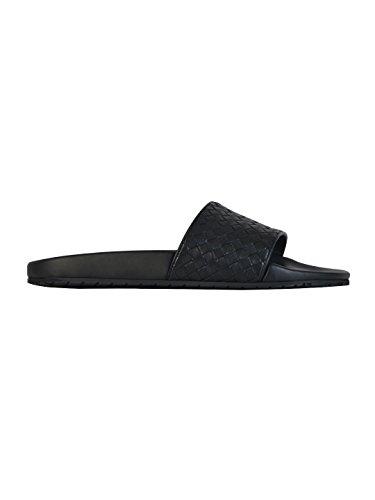 bottega-veneta-mens-440171vt0301000-black-leather-sandals