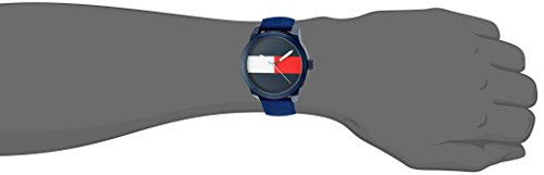 Tommy Hilfiger Men's 'Denim' Quartz Plastic and Rubber Casual Watch, Color:Blue (Model: 1791322)