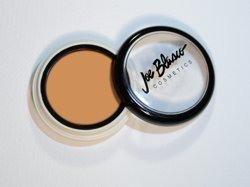 Joe Blasco UltraBase Warm Olive 2 High-pigment Cream Base (UltraBase Warm Olive Warm Olive 2) ()