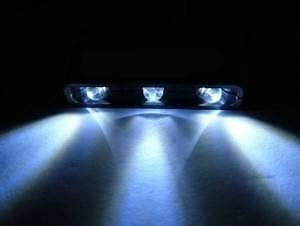 *PLUG /& PLAY* Triple LED Light* Kawasaki Z900 2020 Tail Tidy Number Plate Holder