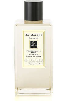 - Jo Malone London Pomegranate Noir Bath Oil 250ml