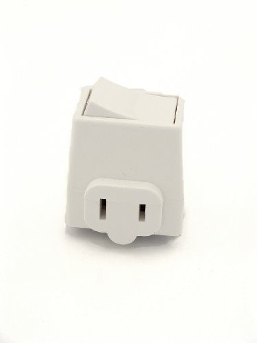 Extensions Leviton Socket (Leviton 1469-W Grounding Polarized Switch Tap, 125 V, 13 A White)