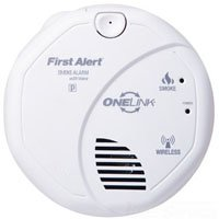 BRK SA511B Single Station Wireless Smoke Alarm With Voice and 2 AA 1.5 Volt Alkaline Battery First Alert