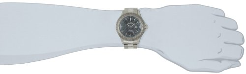 Invicta Men's Pro Diver Quartz Diving Watch with Stainless-Steel Strap, Silver, 22 (Model: 12555)