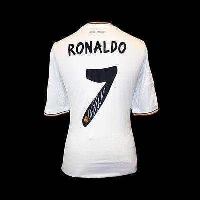 Cristiano Ronaldo Signed Real Madrid 2013 14 Jersey Autographed Soccer Jerseys At Amazon S Sports Collectibles Store