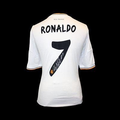 on sale 6ac82 580e8 Cristiano Ronaldo Signed Real Madrid 2013-14 Jersey ...