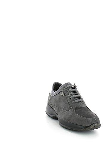 Sneaker interactive in camoscio grigio e goretex