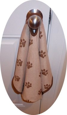 luv-emmas-dry-pets-plus-patented-super-absorbent-microfiber-pet-towel-dog-towel-cat-towel-etc