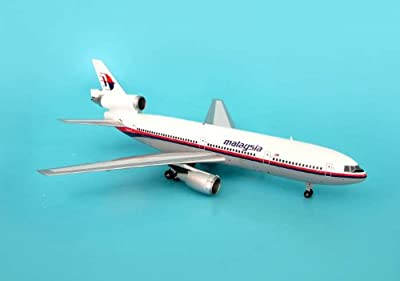 AVIATION200 1-200 Scale Model Aircraft AV2D10002 Malaysia DC-10-30 1-200