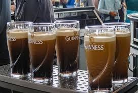 Guinness Gravity 20 Ounce Embossed Pint Beer Glasses 14K Gold Harp Logo / 4 Pack by Guinness Gravity Glass (Image #2)