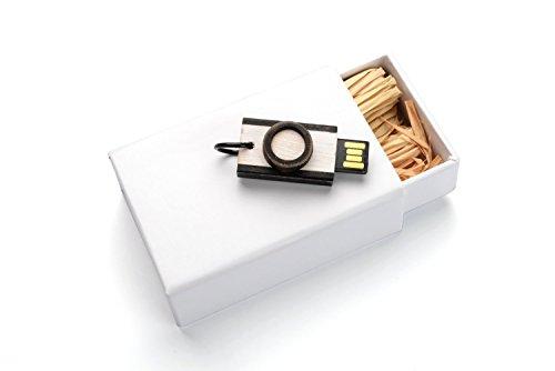 - 16GB Hand Made Maple Wood - Antique Finish Camera - Retro Style USB 2.0 - 2 piece White paper box with Raffia grass - White Body Black Trim Camera