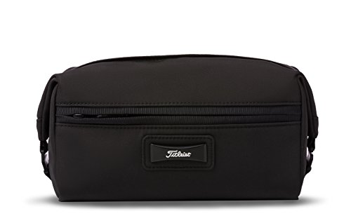 - Titleist Club Large Dopp Kit