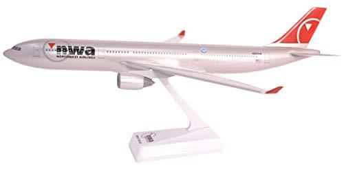 - Flight Miniatures Northwest Airlines NWA 2003 Airbus A330-300 1:200 Scale Display Model REG#N802NW
