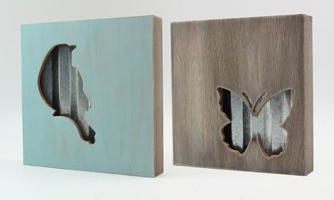 Review Assorted Wood/Metal Bird/Butterfly Box
