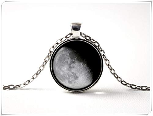 A little little love Waning Gibbous Moon Necklaces, Moon Phase Gift,Gray Moon Pendant, Space Art, Moon jewelr,y Moon Pendant,Moon Necklace (Find The Moon In The Sky App)
