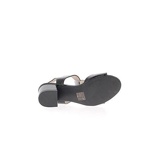 Sandales noires vernies à petits talons épais de 6cm avec brides larges