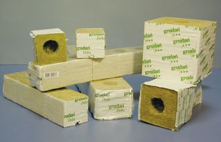 Grodan Delta 5.6 Rockwool Gro Blocks 3'' X 3'' X 4 Inch / 1 Case = 32 Strips (256 Blocks Total)