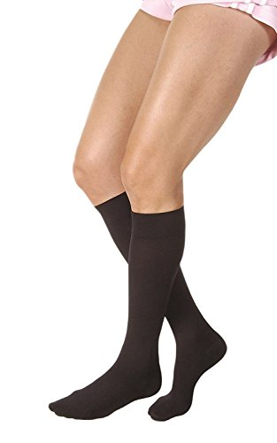 JOBST Relief Knee High 15-20 mmHg Compression Stockings, Closed Toe, X-Large Full Calf, Black ()