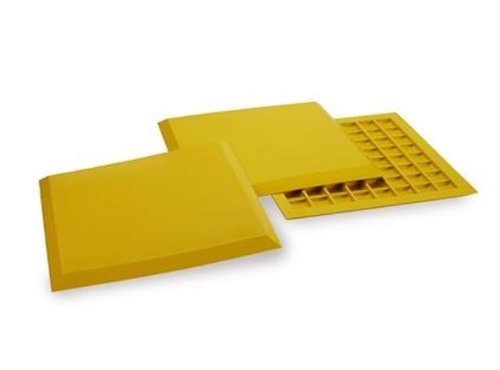 Athletic Specialties Deluxe Throw Down Bases, Set of 3 (Yellow) by Athletic Specialties