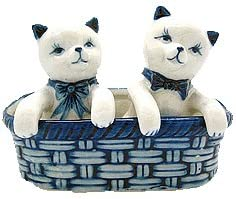 Essence of Europe Gifts E.H.G Ceramic Delft Colored Kittens in Basket Collectible Salt and Pepper Shakers Set by E.H.G