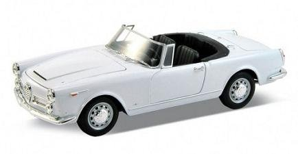 1960 Alfa Romeo Spider 2600 Convertible White 1/24 by Welly 24003cw
