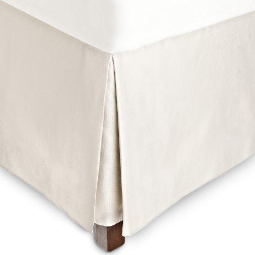 Poppy Bedskirt (Calvin Klein Poppy Small Diamond King Bedskirt, Pebble)