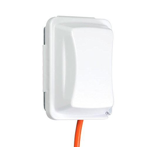 (TayMac MM410W Weatherproof Single Outlet Cover Outdoor Receptacle Protector, 2-3/4 Inches Deep, White)