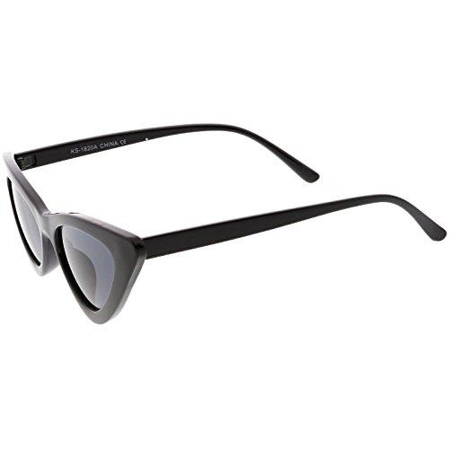 f1fbb54a0198c sunglassLA - Retro Vintage Trendy Cat Eye Sunglasses for Women with Flat  Triangle Lens (Black