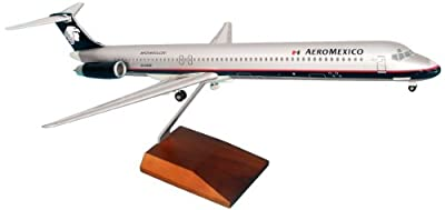 Daron Skymarks Aeromexico MD-80 Model Kit with Wood Stand and Gear (1/100 Scale)