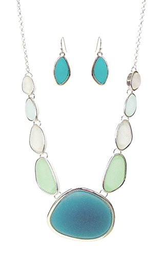ICON Teal Sea Foam Green Pale Blue White Stone Shaped Frosted Glass Silvertone Bib Necklace 18
