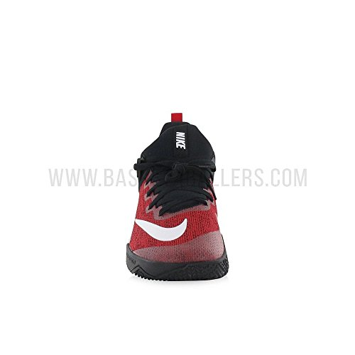 Nike Men s NIKE ZOOM SHIFT Basketball Shoe