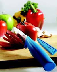 TP-995-T254 Tupperware Chef Series Ultimo Range Utility Knife Cuts Your Fruits and Vegetables