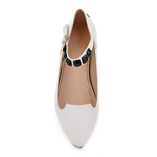 AllhqFashion Womens Closed Round Toe Cow Leather Solid Flats with Glitter and Jewels White gmCysTvo