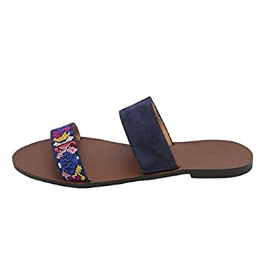 bab8a542fc13 Joules Fenthorpe French Navy Embroidered Flat Leather Sandals   Amazon.co.uk  Shoes   Bags