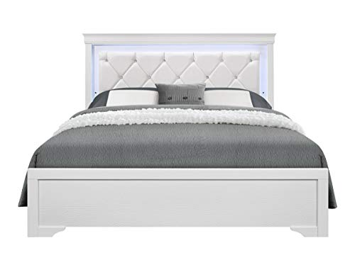 Global Furniture USA Pompei Tufted Panel Bed in Metallic White (Full: 79 in. L x 59 in. W x 56 in. H)