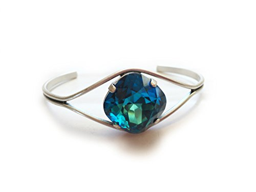 Clara Beau Elegant Round Swarovski crystal Open Cuff Bracelet BY66 SilverTone - Bermuda Blue ()