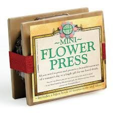 (House of Marbles Mini Flower Press)