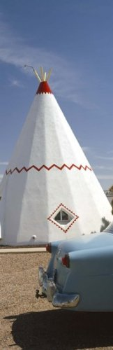 (Posterazzi Car with a teepee in the background Wigwam Motel Route 66 Holbrook Navajo County Arizona USA Poster Print (36 x 12))