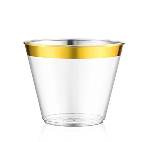 100 Gold Plastic Cups, AusKit Clear Plastic Cups (9 Oz) Old Fashioned Plastic Tumblers, Party Cups with Gold Rim for Weddings, Sophisticated Events and New Year's Eve Parties (Gold Rimmed, 100)