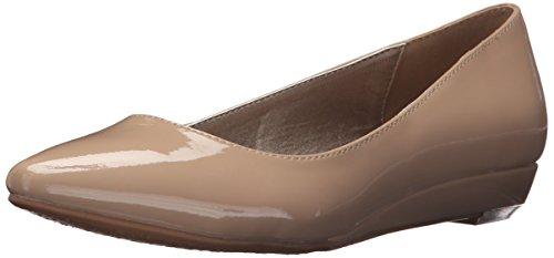 CL by Chinese Laundry Women's Suzie Pointed Toe Flat, New Nude Patent, 7.5 W - New Nude Women