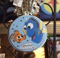 Amazon.com: Disney Pixar Fest 2018 - Llavero de Nemo y Dory ...